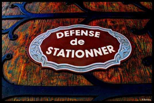 defense-de-stationner